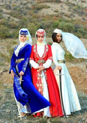 Crimean-Tatar-girls.jpg